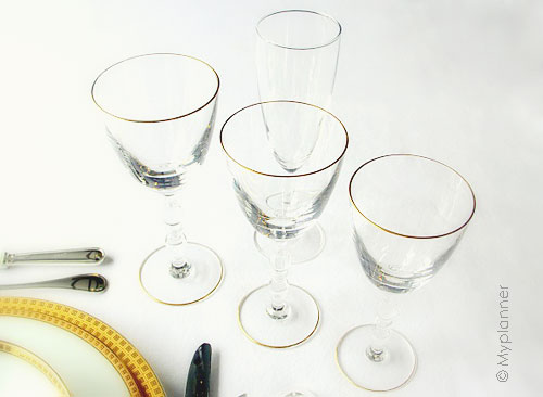 Dresser une table la fran aise myplanner le blog - Disposition des verres sur table ...