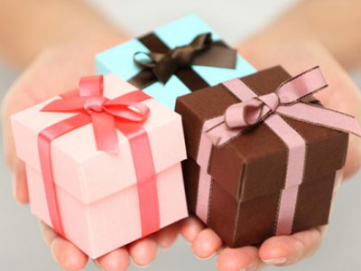 id es de cadeaux de courtoisie offrir un couple myplanner le blog. Black Bedroom Furniture Sets. Home Design Ideas
